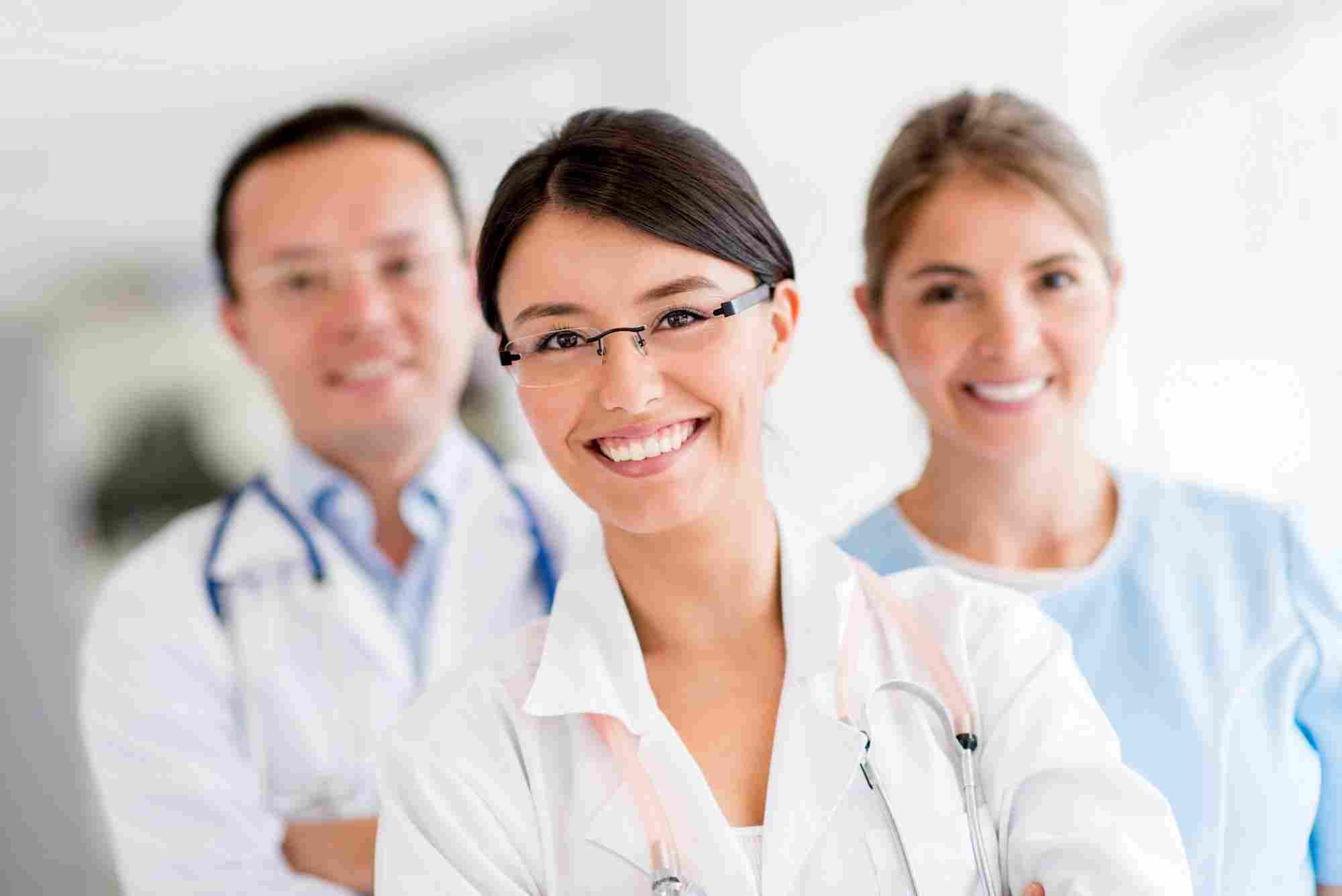 http://www.paragonanalysis.com/wp-content/uploads/2015/12/doctors.jpg