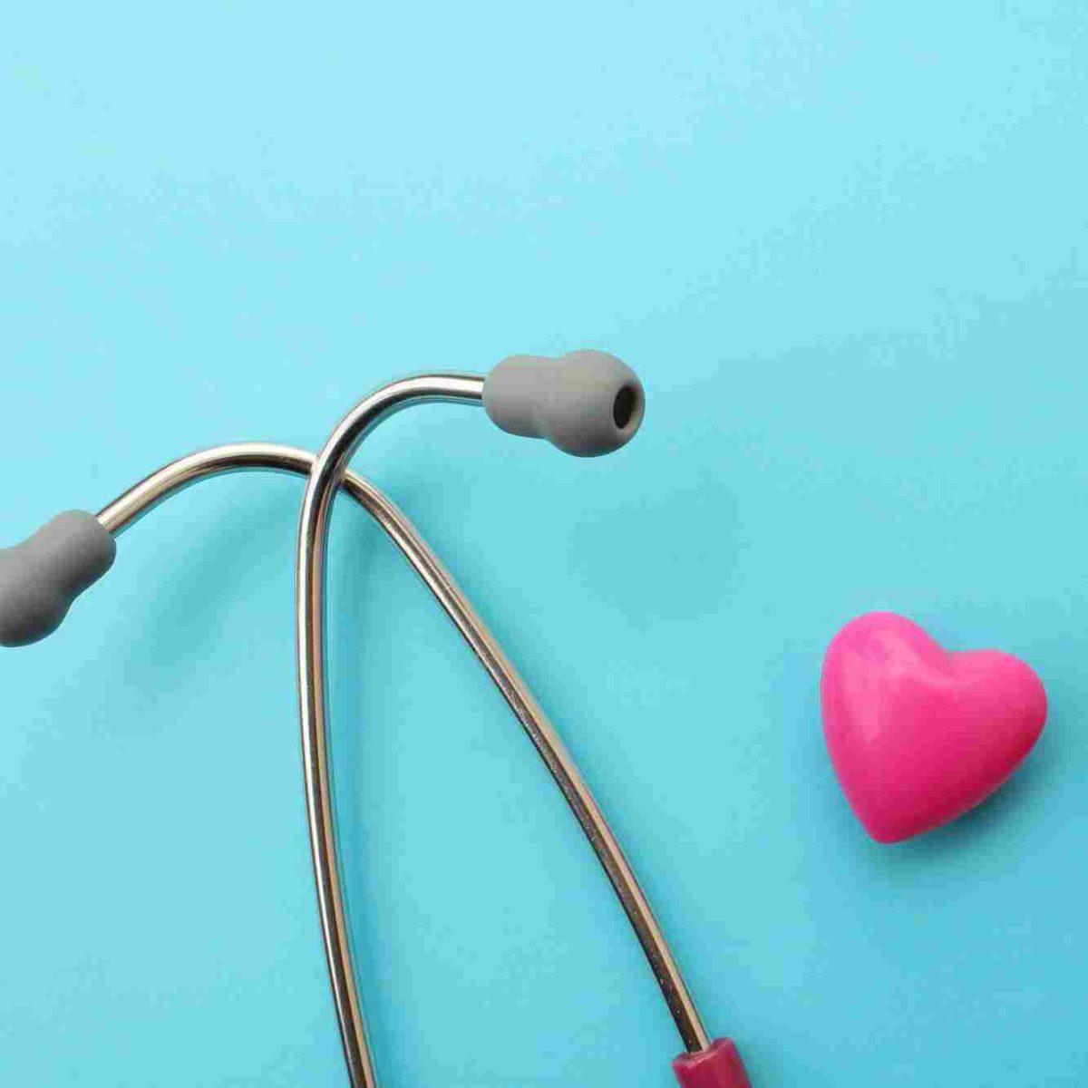 http://www.paragonanalysis.com/wp-content/uploads/2015/12/srce-i-stetoskop-1200x1200.jpg
